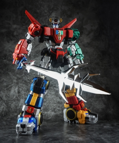 Titan Power TitanPower TP TP-01 TP01 Titan Beast King Chogokin Voltron with LED Action Figure